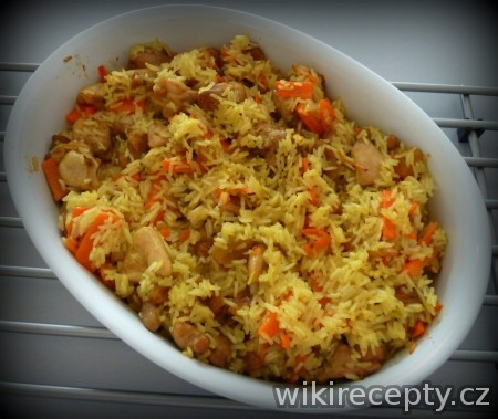 Afganská rýže s kuřecím masem a mrkví