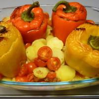 Plněné papriky se smetanovými bramborami